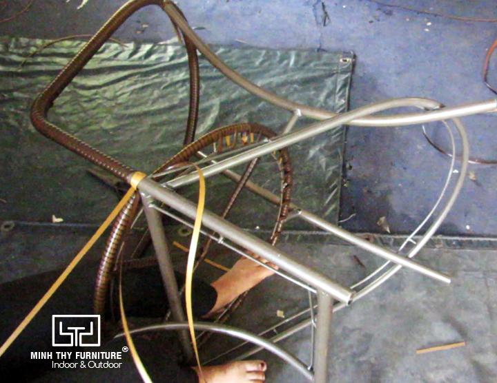 Hướng dẫn cách đan bàn ghế giả mây MT2a29 ngoài trờiHướng dẫn cách đan bàn ghế giả mây MT2a29 ngoài trời