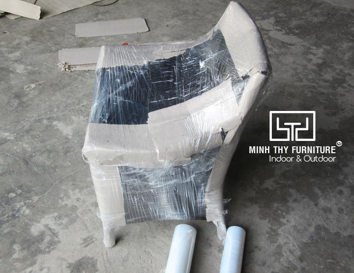 Làm cách nào để đóng gói một chiếc ghế mây nhựa an toàn nhất?